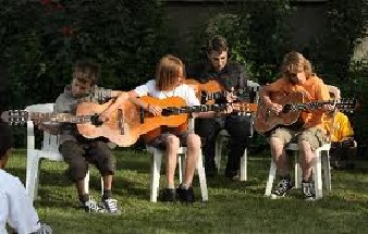 joue guitare.jpg